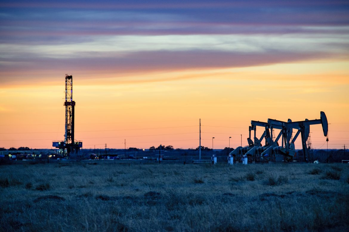 Shale Oil hydraulic fracturing